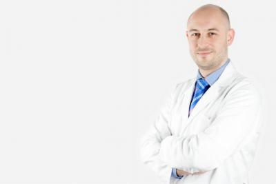 La cirugía del párpado caído (ptosis) en niños y adultos
